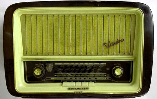 Radio – 1090x720